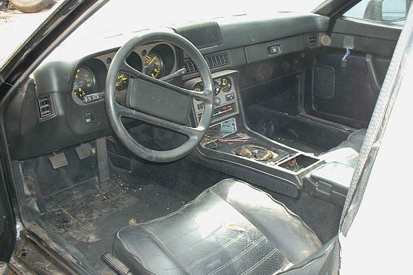 1985 porsche 944 interior for Porsche 944 interieur